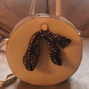 Handbags - Round backpack